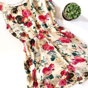 Dresses & Skirts - *Vintage* 90s Flirty floral skater dress